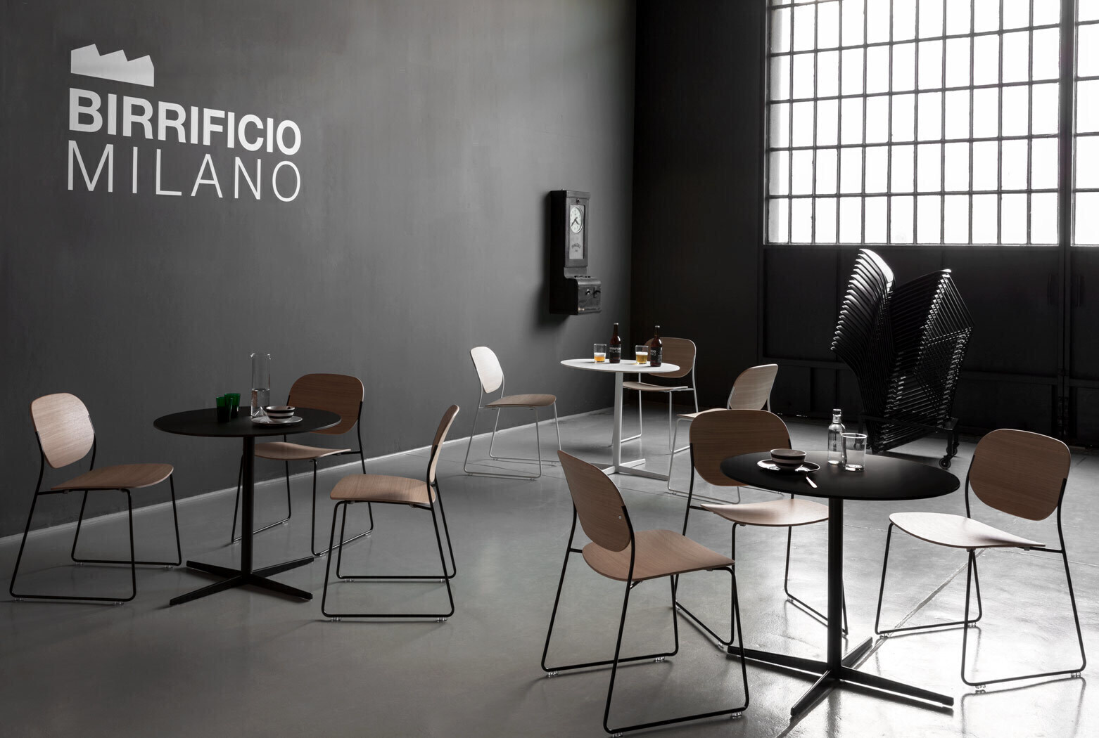 Auki Modern Designer Armchairs And Small Tables Lapalma